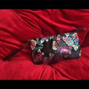 Handbags - Oriental Pattern Wristlet